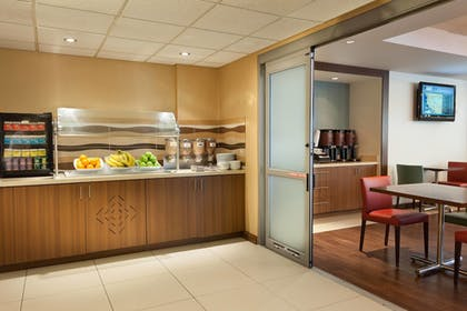 Buffet | Residence Inn by Marriott Miami Airport