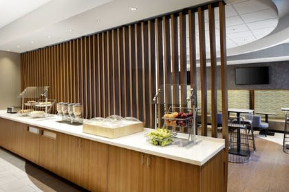 Restaurant   SpringHill Suites by Marriott Indianapolis Downtown