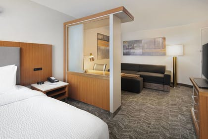 Guestroom | SpringHill Suites by Marriott Indianapolis Downtown