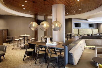Lobby   SpringHill Suites by Marriott Indianapolis Downtown