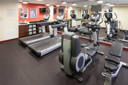 Sports Facility | TownePlace Suites Little Rock West