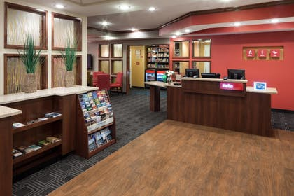 Lobby | TownePlace Suites Little Rock West
