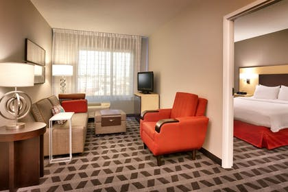 Guestroom | TownePlace Suites by Marriott Omaha West