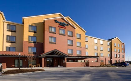 Exterior detail | TownePlace Suites by Marriott Omaha West