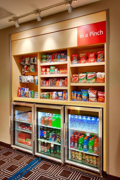 Snack Bar | TownePlace Suites by Marriott Omaha West