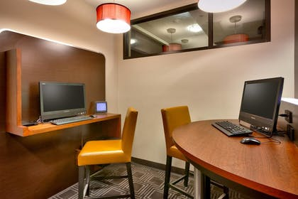 Business Center | TownePlace Suites by Marriott Omaha West
