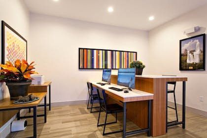 Business Center | Holiday Inn Express Lake Wales N-Winter Haven
