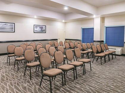 Meeting Facility | La Quinta Inn & Suites by Wyndham Ft. Worth - Forest Hill TX