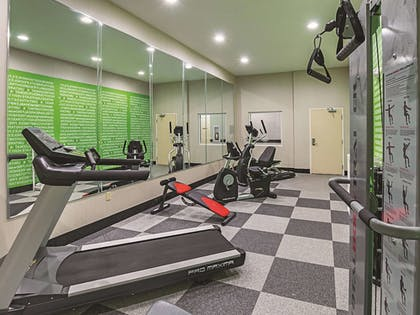 Fitness Facility | La Quinta Inn & Suites by Wyndham Ft. Worth - Forest Hill TX