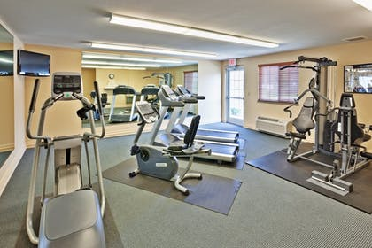Fitness Facility | Candlewood Suites FLOWOOD, MS