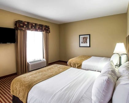 Room | Comfort Suites Waycross