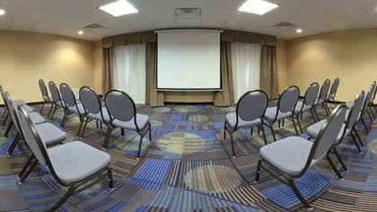 Meeting Facility | Holiday Inn Express Hotel & Suites Albuquerque Airport