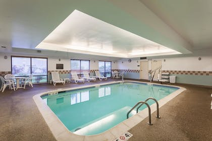 Pool |  | Comfort Suites East