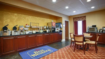 Breakfast Area | Best Western Plus Greenville South