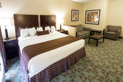 Guestroom | Best Western Plus Eastgate Inn & Suites