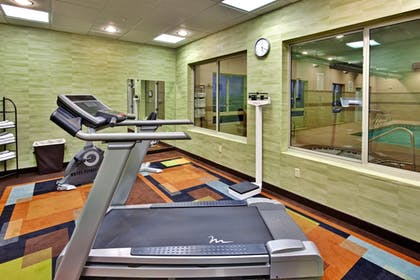 Fitness Facility | Holiday Inn Express Hotel & Suites Grants - Milan