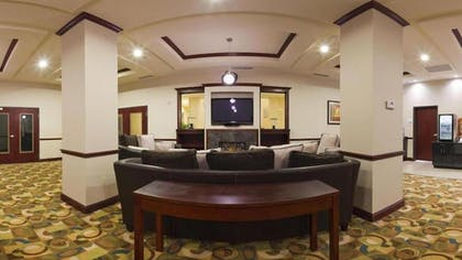 Hotel Interior | Holiday Inn Express & Suites Guthrie