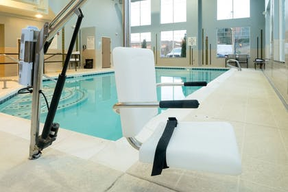 Pool | Holiday Inn Express Hotel & Suites NORTH SEQUIM