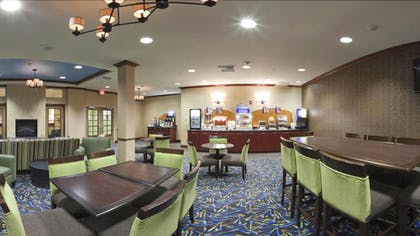 Breakfast Area | Holiday Inn Express Hotel & Suites NORTH SEQUIM