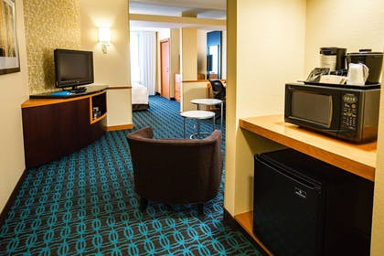 Guestroom | Fairfield Inn & Suites by Marriott Portsmouth Exeter