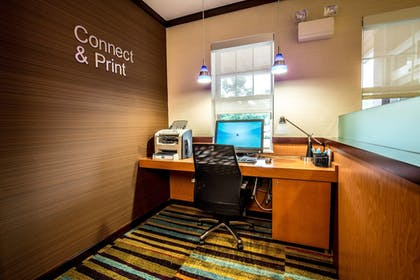 Business Center | Fairfield Inn & Suites by Marriott Portsmouth Exeter