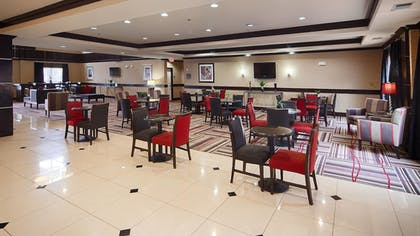 Lobby | Best Western Plus DFW Airport West Euless