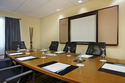 Meeting Facility | Fairfield Inn & Suites Fort Lauderdale Airport-Cruise Port
