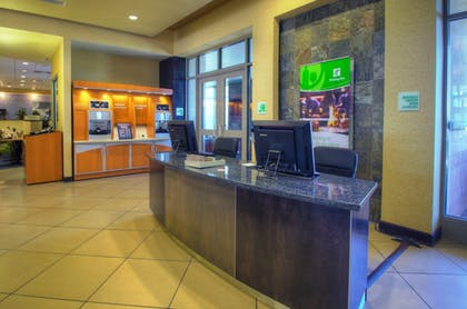 Reception | Holiday Inn Hotel & Suites PHOENIX AIRPORT