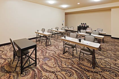 Meeting Facility | Holiday Inn Express Hotel & Suites OKLAHOMA CITY NORTHWEST