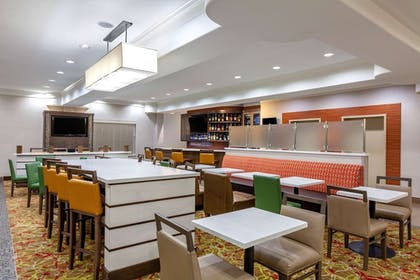 Bar | La Quinta Inn & Suites by Wyndham Houston Channelview