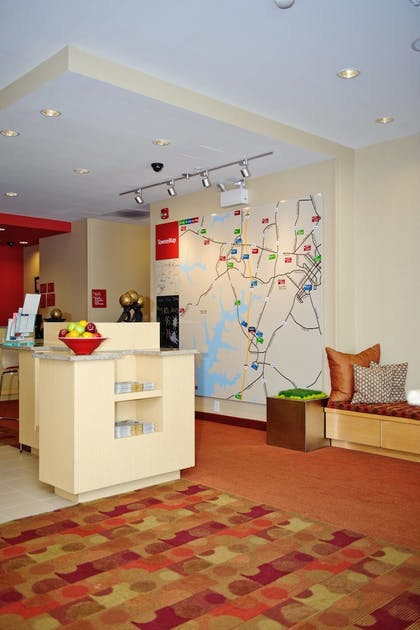 Lobby | TownePlace Suites by Marriott Mooresville