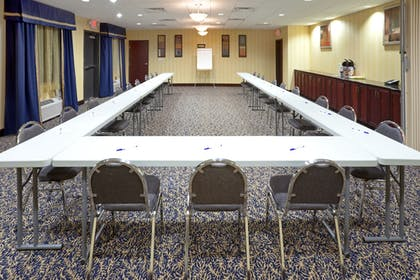 Meeting Facility | Holiday Inn Express & Suites Lubbock West