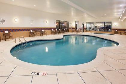 Pool | Holiday Inn Express Hotel & Suites Zanesville North