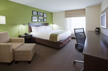 Guestroom | Holiday Inn Express Hotel & Suites Rogers