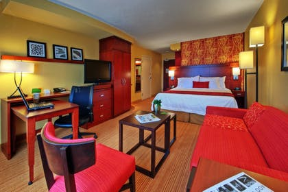 Guestroom | Courtyard Marriott Johnson City