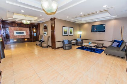Lobby | Holiday Inn Express Hotel & Suites - Houston Space Center