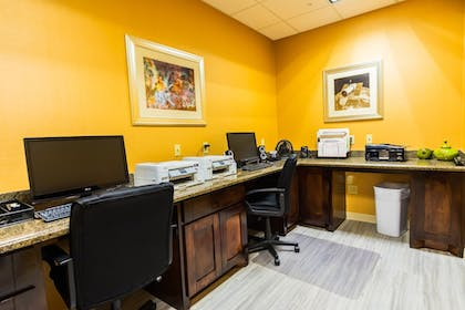 Business Center | Holiday Inn Express Hotel & Suites - Houston Space Center