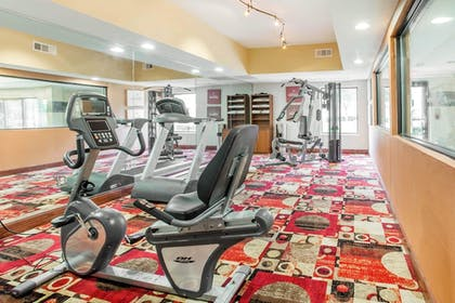 Fitness Facility | Comfort Suites Golden Isles Gateway