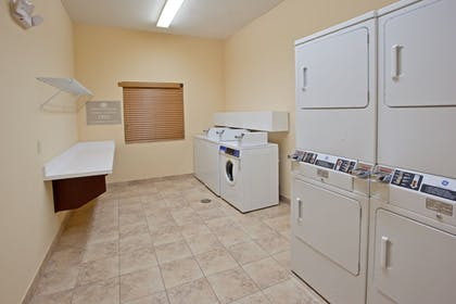 Laundry Room | Candlewood Suites League City