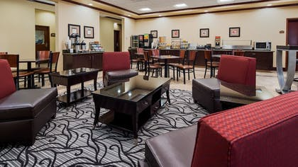 Breakfast Area | Best Western Lamesa Inn & Suites