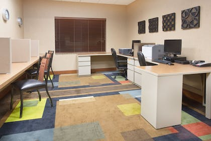 Business Center | Holiday Inn Express Hotel & Suites Los Alamos