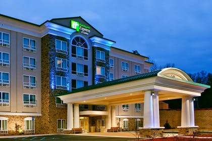 Featured Image | Holiday Inn Express Hotel & Suites Columbus-Fort Benning