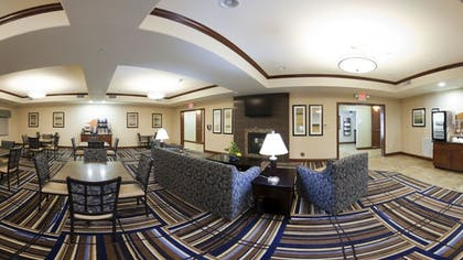 Breakfast Area | Holiday Inn Express Hotel & Suites Mount Airy