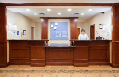 Lobby | Holiday Inn Express Hotel & Suites Mount Airy