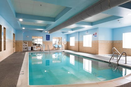 Pool | Holiday Inn Express & Suites Seattle North - Lynnwood