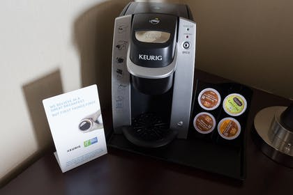 In-Room Coffee | Holiday Inn Express & Suites Seattle North - Lynnwood