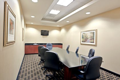 Meeting Facility | Holiday Inn Express & Suites Seattle North - Lynnwood