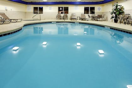 Featured Image | Holiday Inn Express Hotel & Suites FLORENCE NORTHEAST