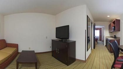 Living Area | Holiday Inn Express Hotel & Suites FLORENCE NORTHEAST