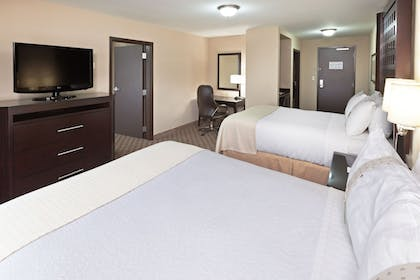 Guestroom | Holiday Inn Hotel & Suites Tulsa South